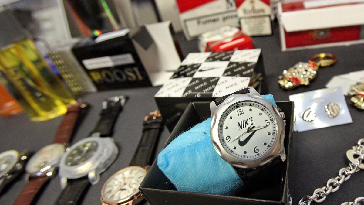 Uhren,Parfum,Schmuck: Plagiate beim Zoll