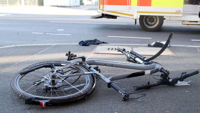 Lebensgefährliche Verletzungen - Fahrradunfall in Aschaffenburg