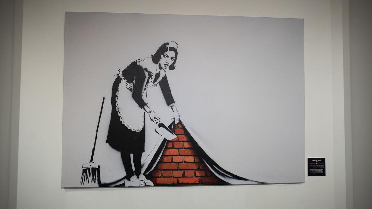 Bild mit Zimmermädchen als Motiv.