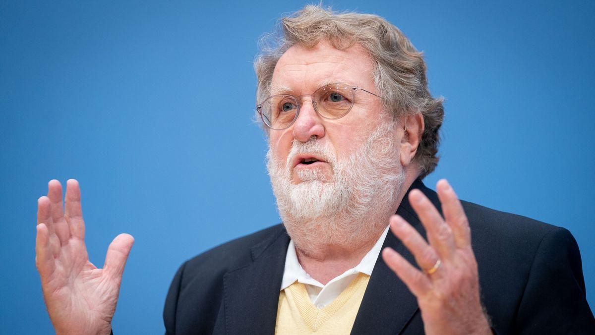 Prof. Dr. Thomas Mertens, der Vorsitzende der Ständigen Impfkommission.