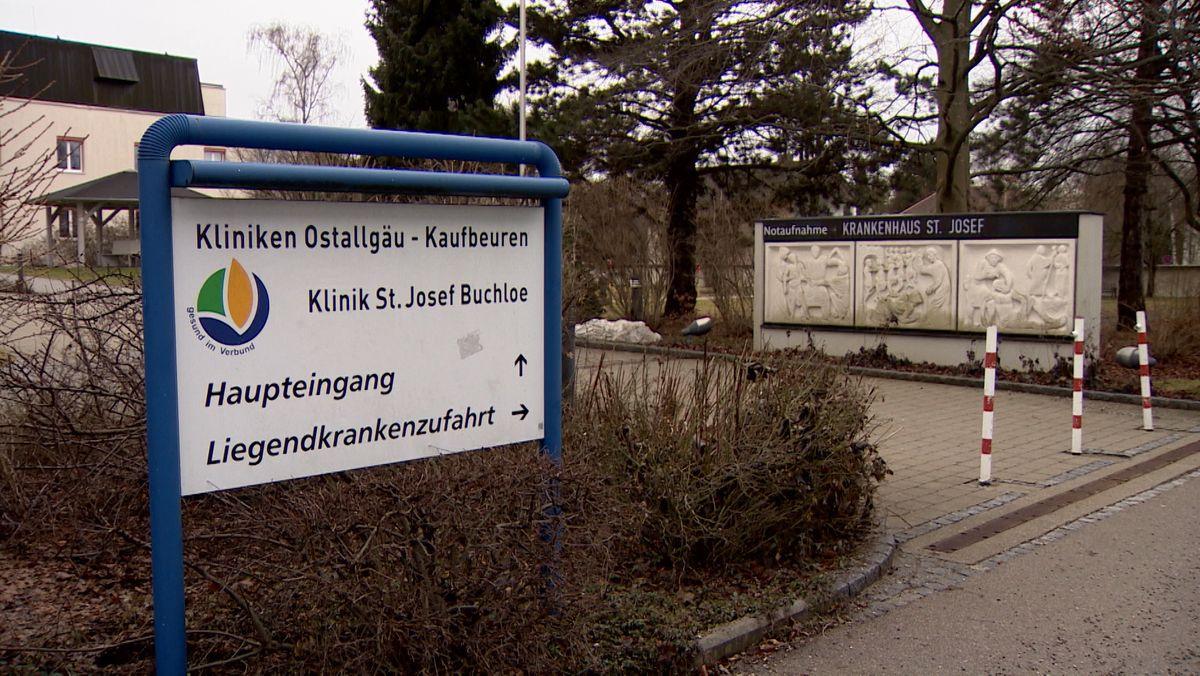 Eingang der St. Josef Klinik in Buchloe