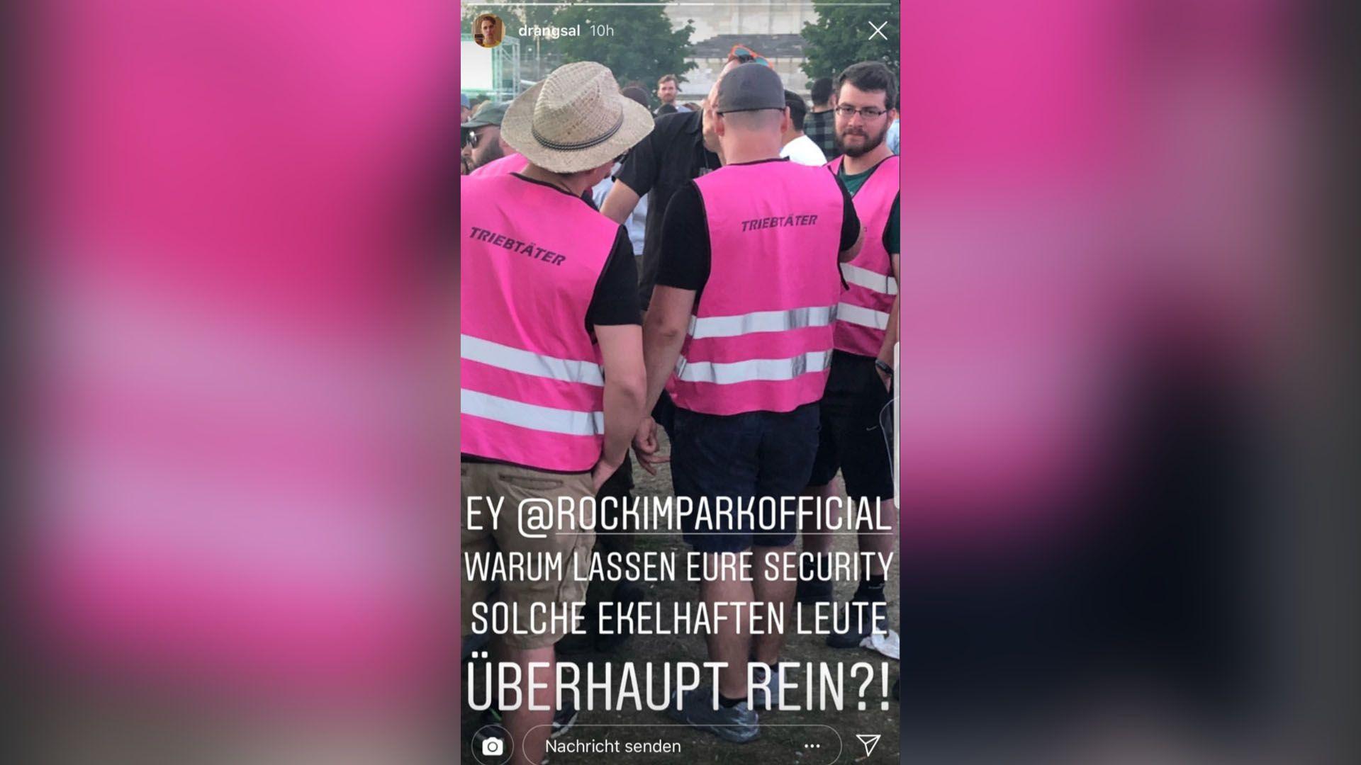 """Männer mit pinken Warnwesten mit Aufschrift """"Triebtäter"""""""