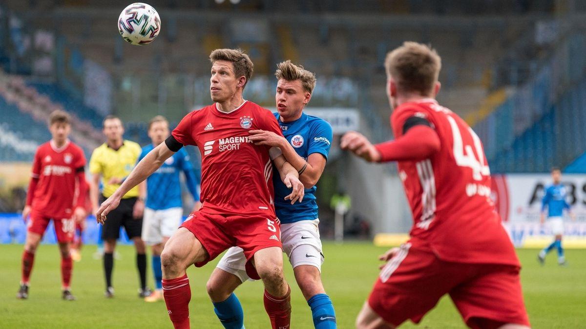 Szene aus dem Spiel Hansa Rostock - Bayern München II