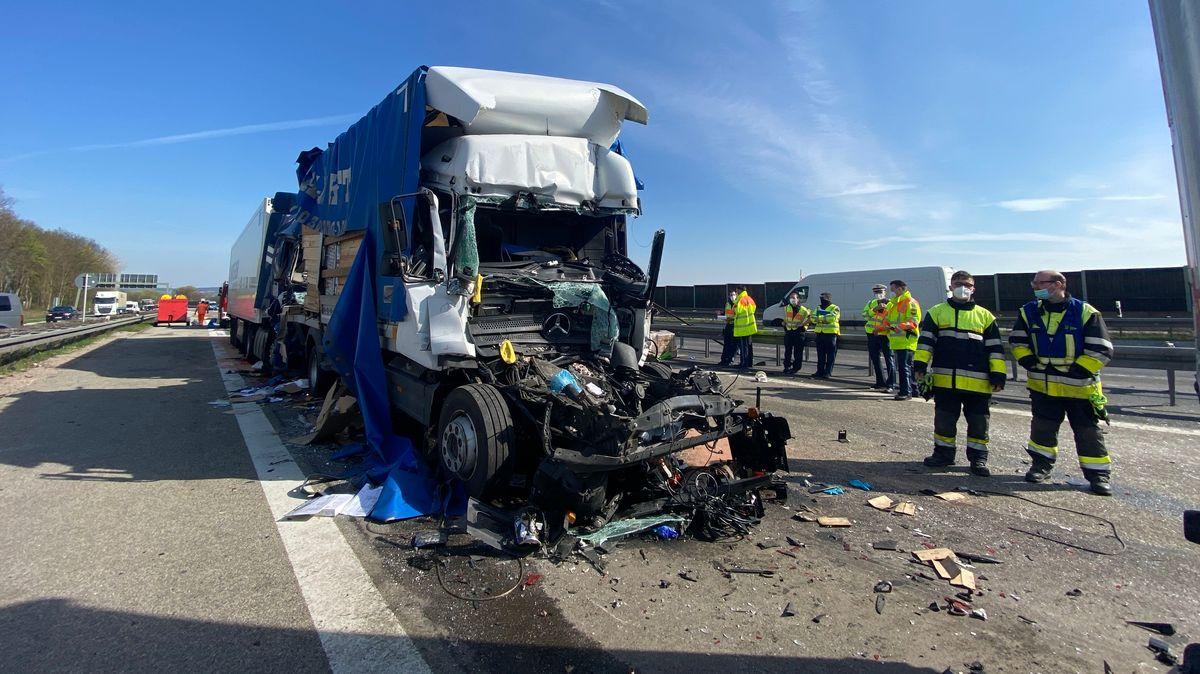 Lkw-Unfall auf der A3 bei Sinzing