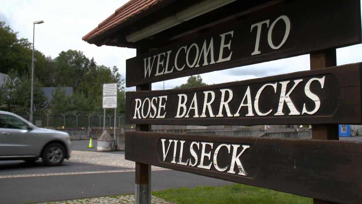 Eingang der Rose Barracks in Vilseck auf den Truppenübungsplatz Grafenwöhr.