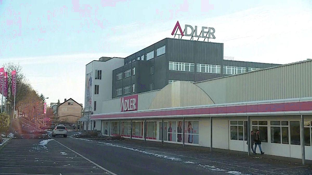 Zentrale der Modefirma Adler in Haibach
