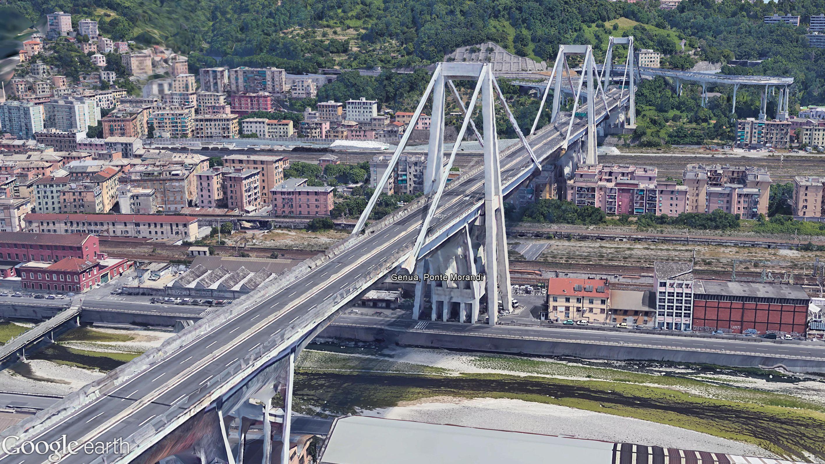 Die Brücke vor dem Unglück auf einem Google Earth Bild