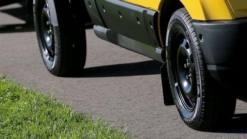 Reifen eines Transporters (Symbolbild)