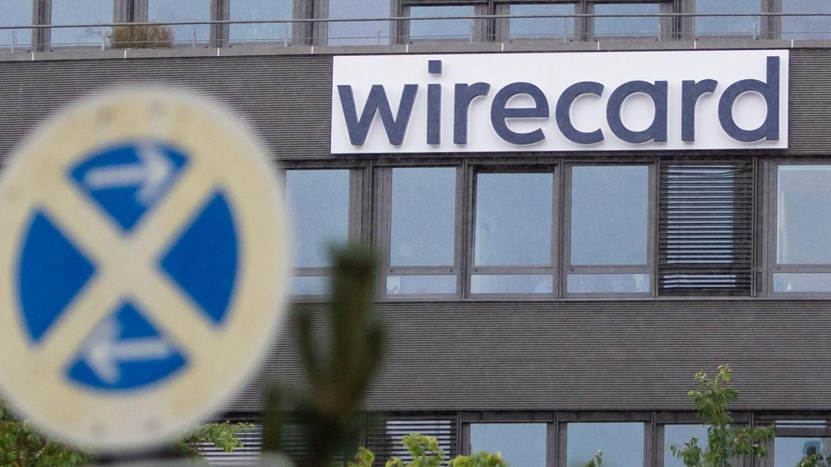 Der Schriftzug von Wirecard ist an der Firmenzentrale des Zahlungsdienstleisters zu sehen.