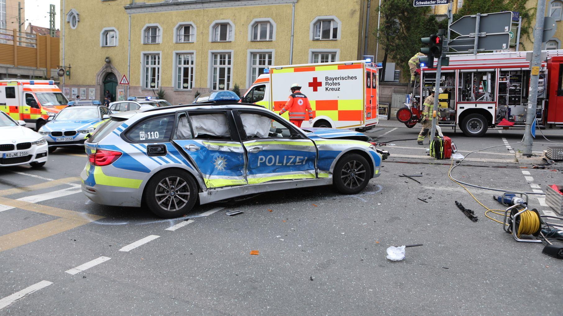 Gaffer würgt Polizisten bei einem Unfall in Fürth