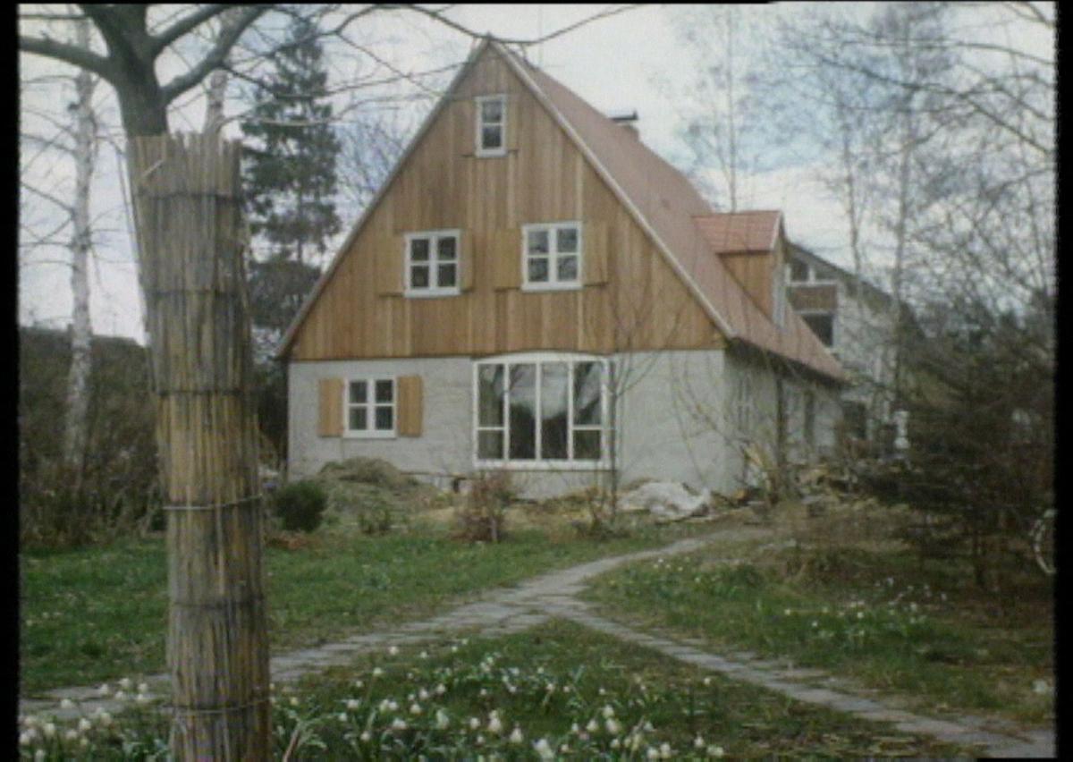die gro e kunst ein kleines haus zu bauen preisgekr ntes einfamilienhaus in einem fr nkischen. Black Bedroom Furniture Sets. Home Design Ideas
