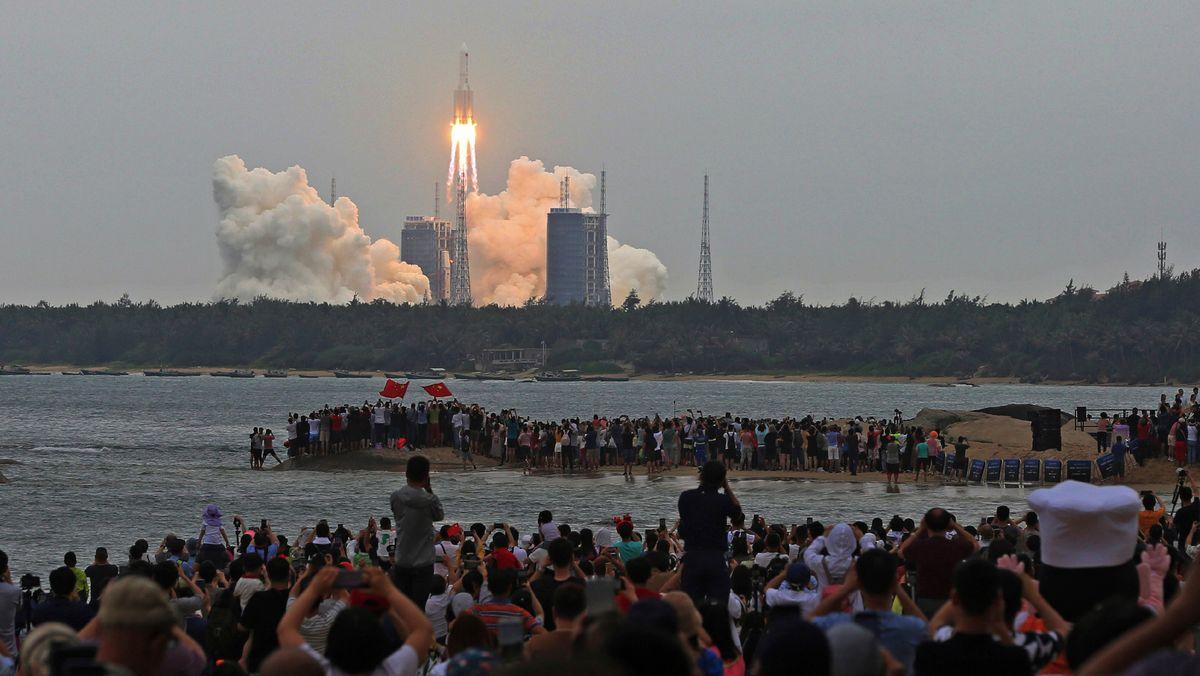 Start der Rakete in Wenchang