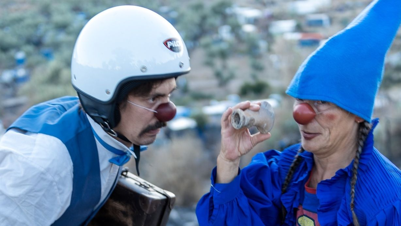 Clowns ohne Grenzen bei Flüchtlingskindern auf Lebos