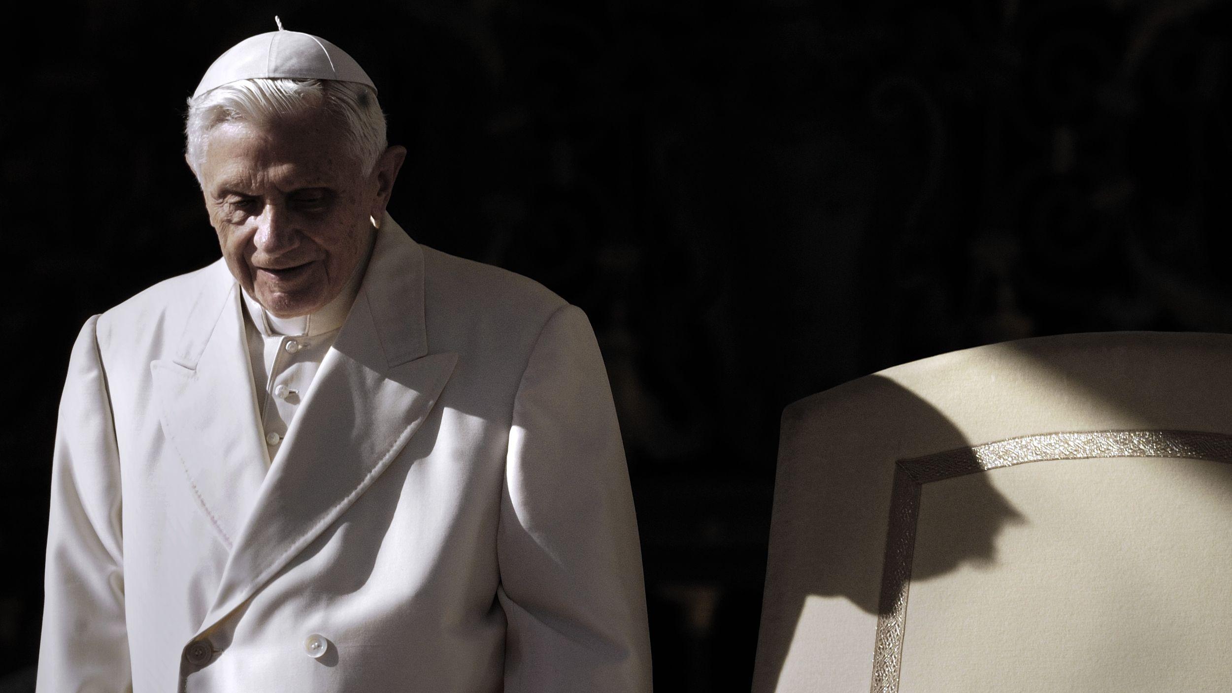 Papst Benedikt XVI. bei einer Generalaudienz 2012.