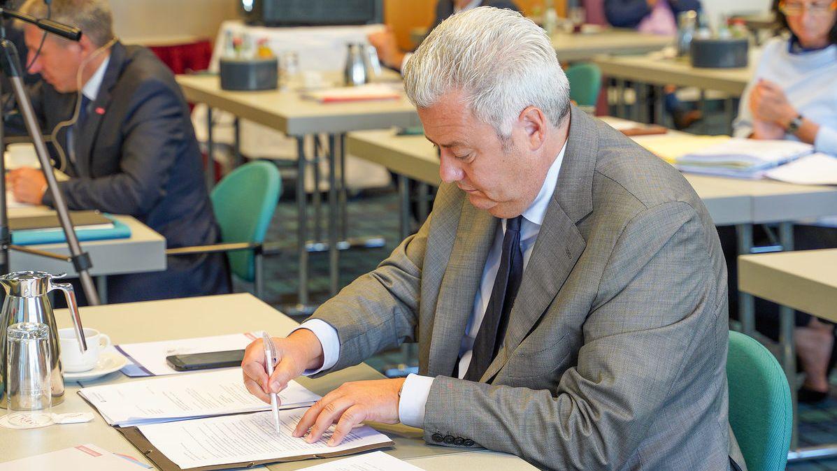 Der Bamberger Diplomingenieur Matthias Grassmann tritt zur Wahl als Präsident der Handwerkskammer Oberfranken an. Er war als bisheriger Vizepräsident an der Aufklärung des Finanzskandals der Gewerbe Treuhand Oberfranken beteiligt.