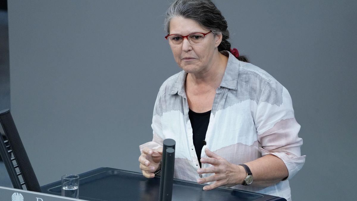 11.09.2020, Berlin Ute Vogt (SPD) im Portrait bei ihrer Rede zum Thema 'Konsequenzen aus dem Brand in Moria' bei der 174. Sitzung des Deutschen Bundestag in Berlin.
