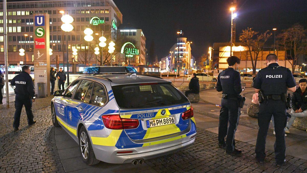 Polizeikontrolle am Münchner Stachus (Archivbild)