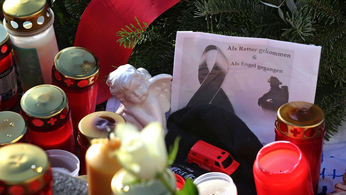 Trauer in Augsburg um den Tod eines  Feuerwehrmanns