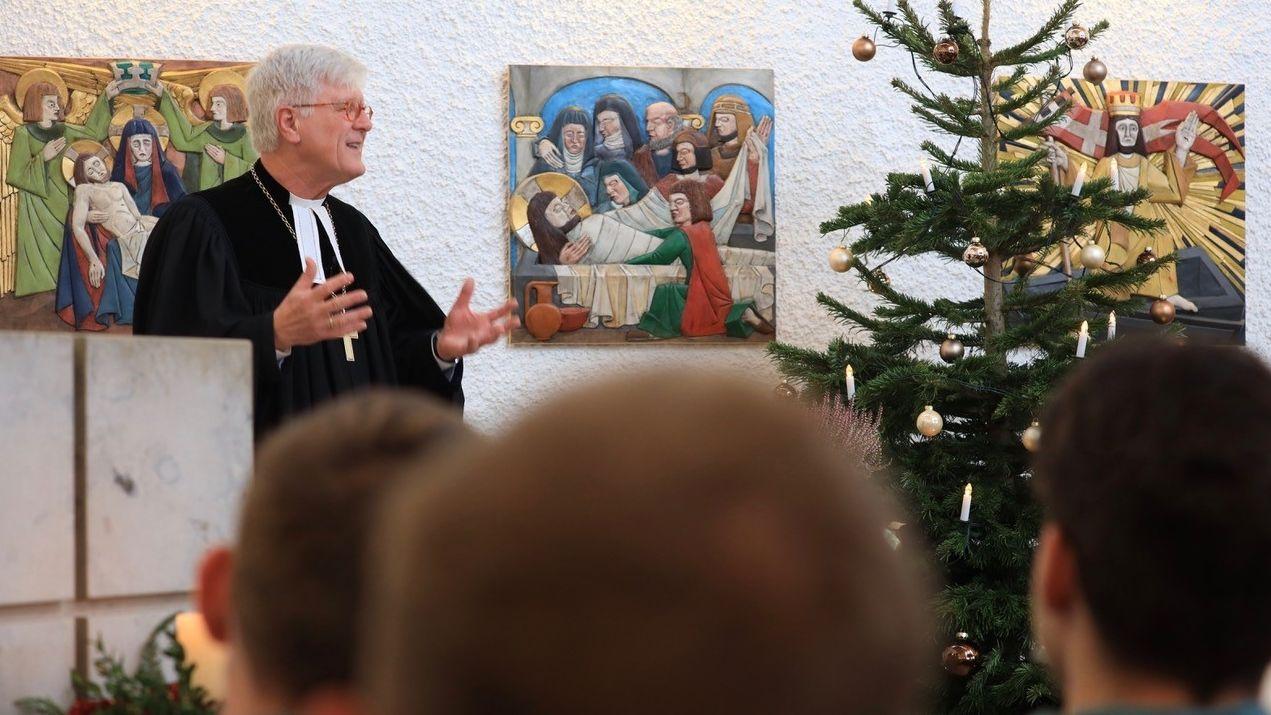 Heinrich Bedford-Strohm feiert Weihnachten in JVA