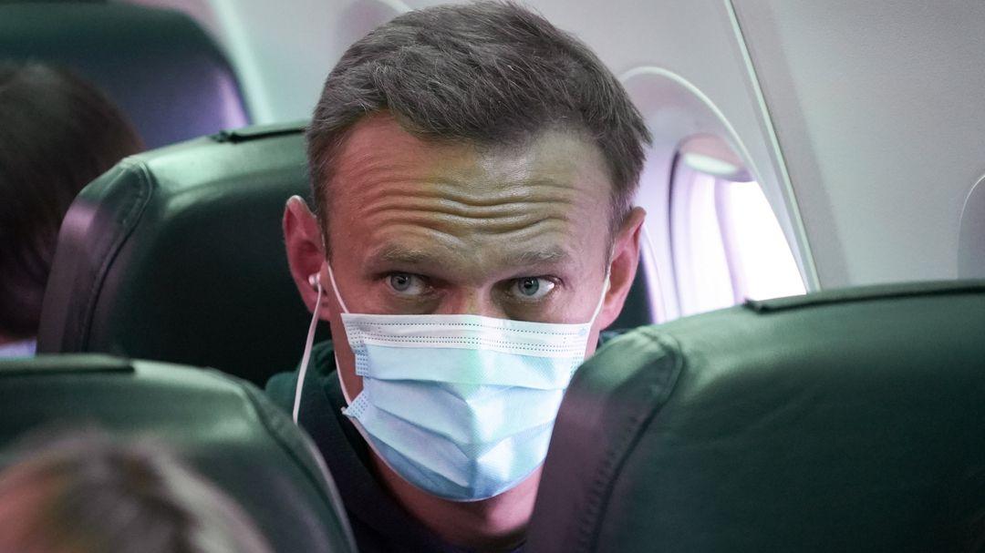 Alexej Nawalny im Flugzeug
