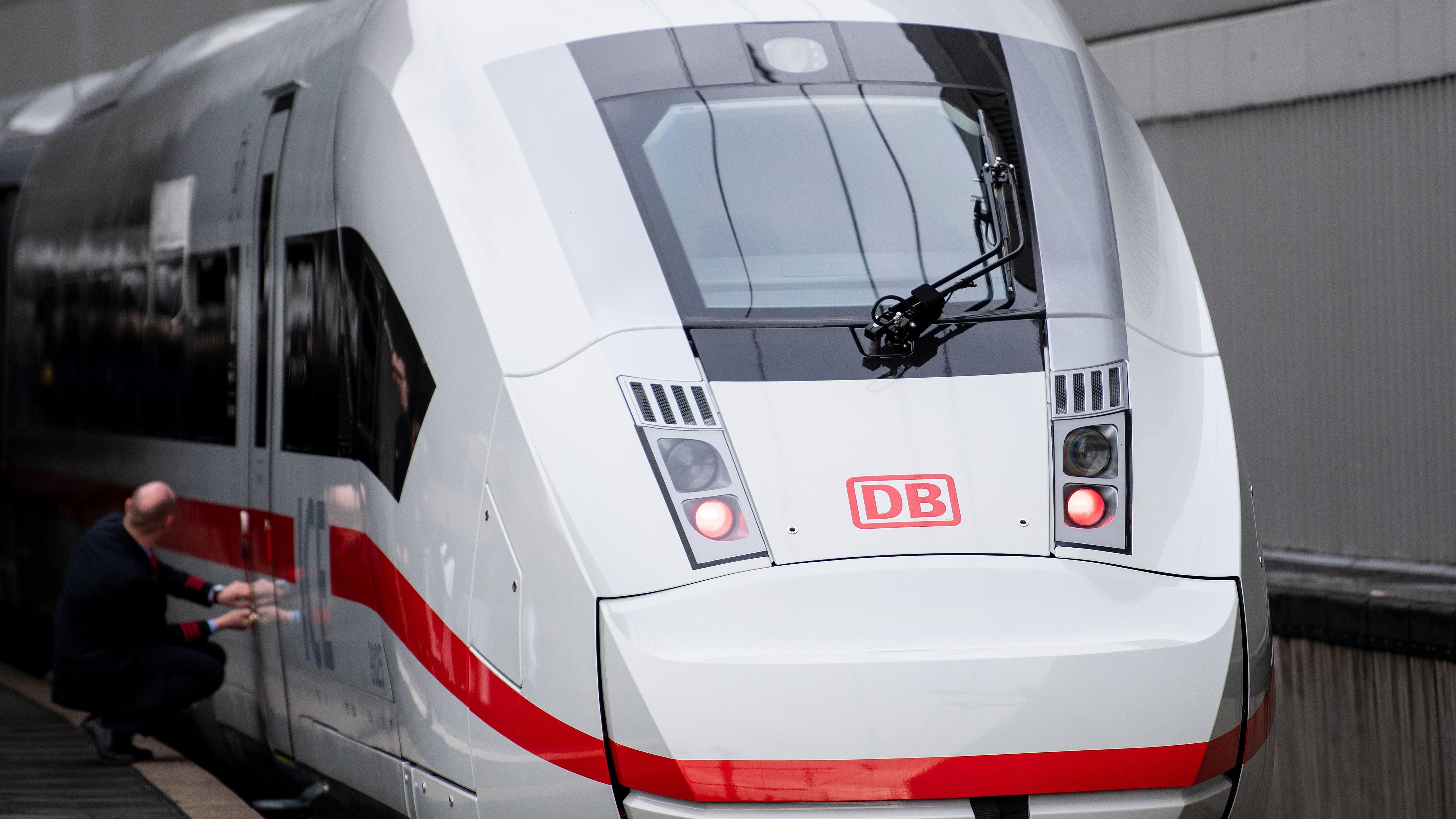 Bahn/Fernzüge