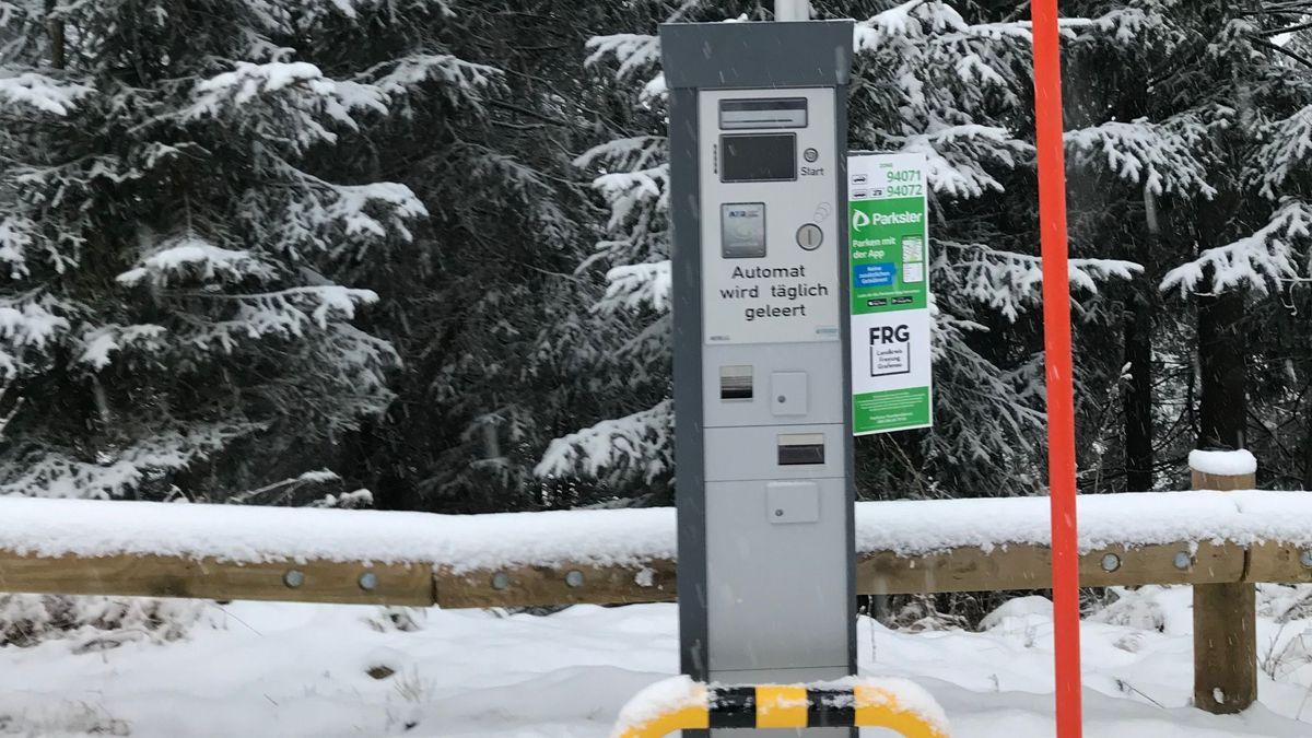 Einer der beiden neuen Parkscheinautomaten