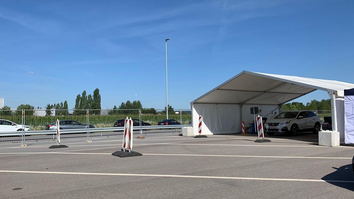 Eine Corona-Teststation steht in Dingolfing. Nun wird die vierte Teststation des Landkreises Dingolfing-Landau in Frontenhausen eröffnet.