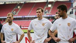 Johannes Geis, Asger Sörensen und Lukas Mühl (v.l.) nach dem 0:2 gegen den SV  Wehen Wiesbaden | Bild:picture-alliance/dpa