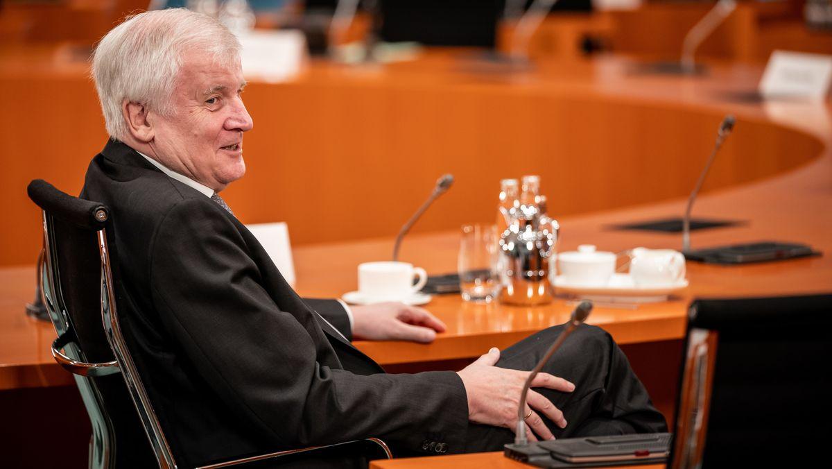 Bundesinnenminister Horst Seehofer bei einer Kabinettssitzung