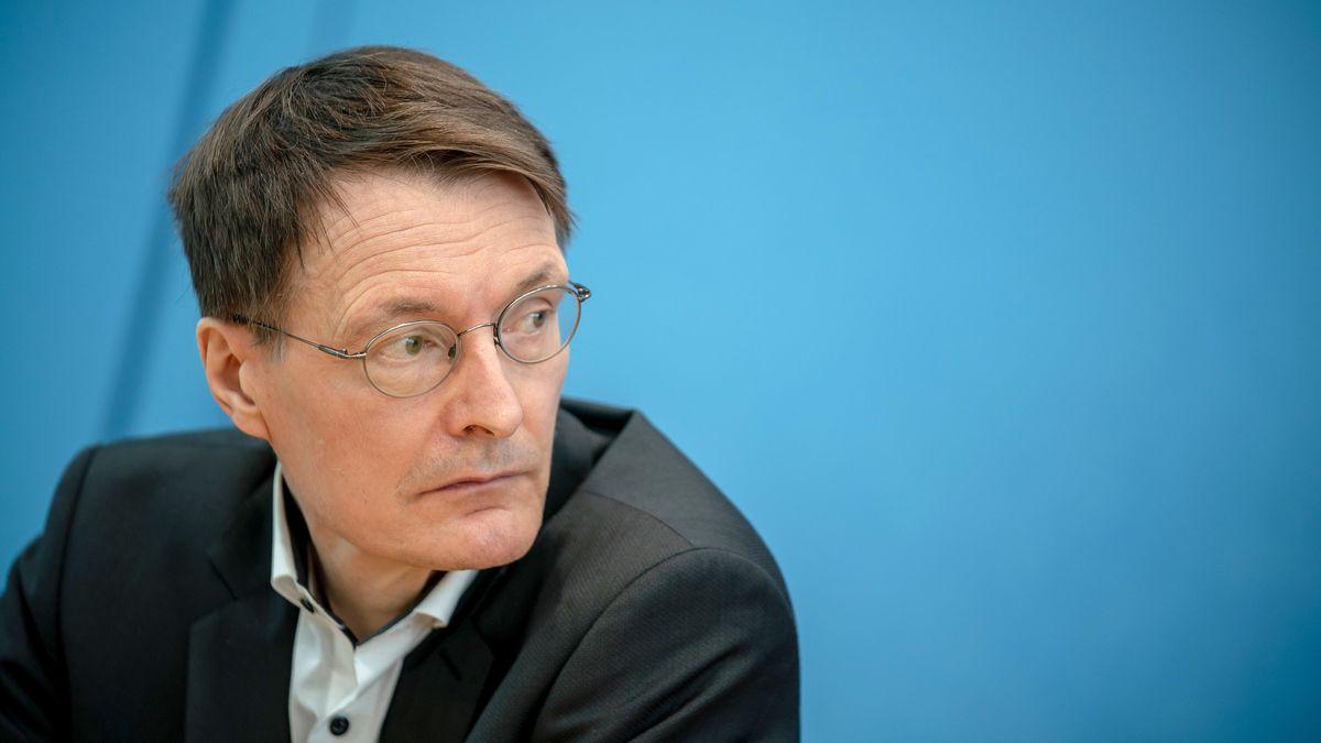 Karl Lauterbach auf der Bundespressekonferenz