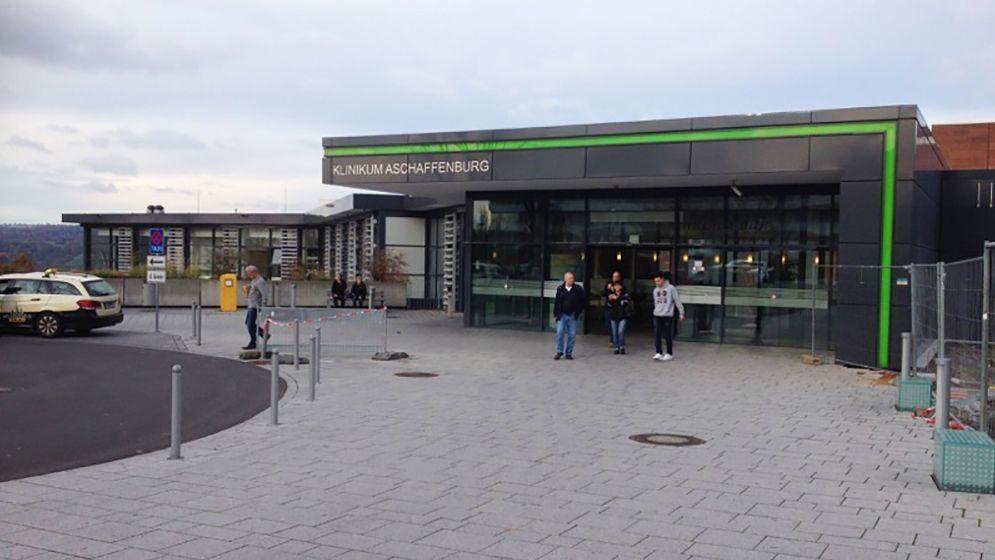 Eingangsbereich des Klinikums in Aschaffenburg