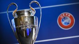Champions League Pokal   Bild:dpa-Bildfunk/Valentin Flauraud