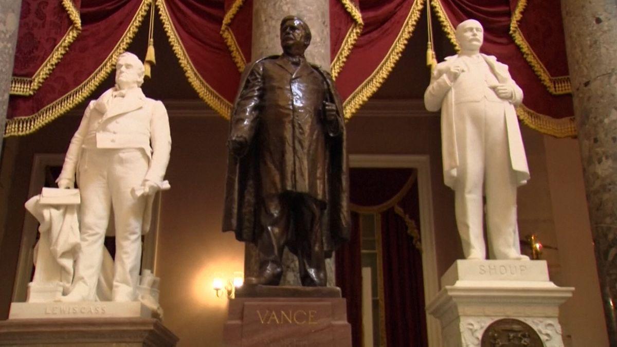 Streit um Statuen