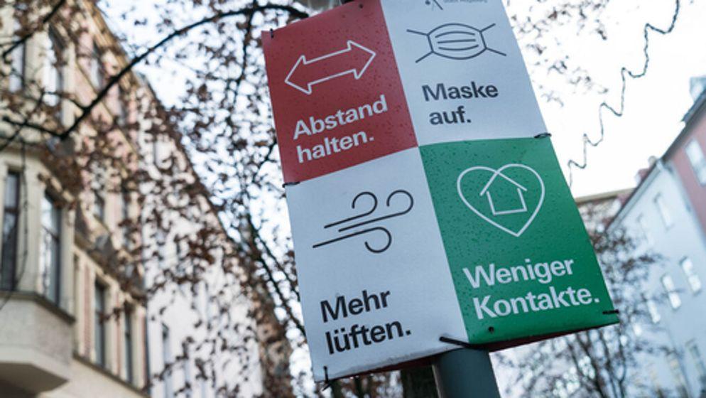 Politik diskutiert über längeren und strengeren Lockdown  | Bild:BR/Johannes Hofelich