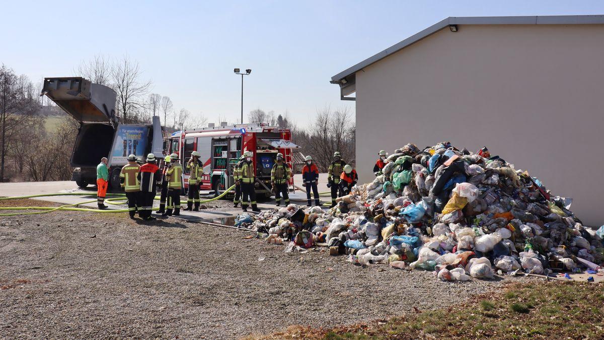 Die Feuerwehr löschte den Brand