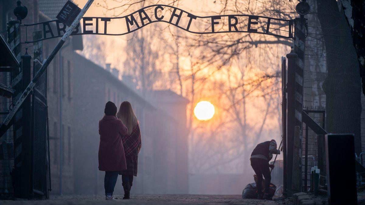 Rund zwei Millionen Menschen besuchen jährlich die KZ-Gedenkstätte in Auschwitz. Der Großteil davon sind Jugendliche.