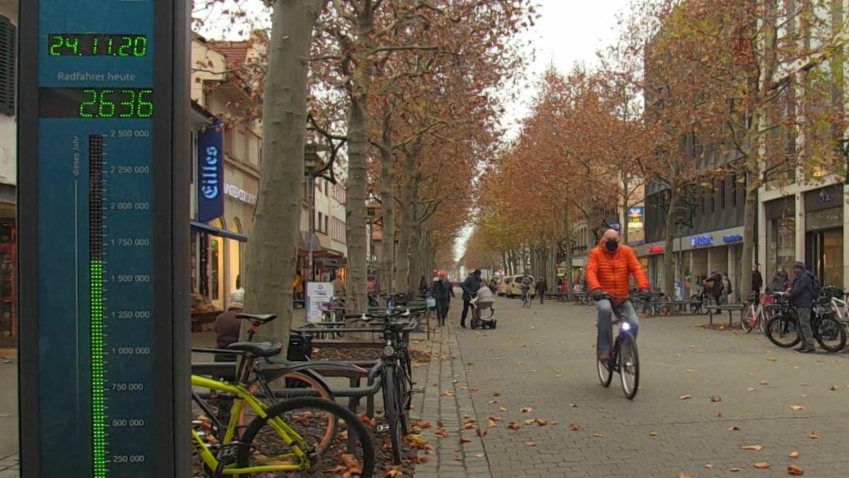 Radfahrer in der Erlanger Innenstadt
