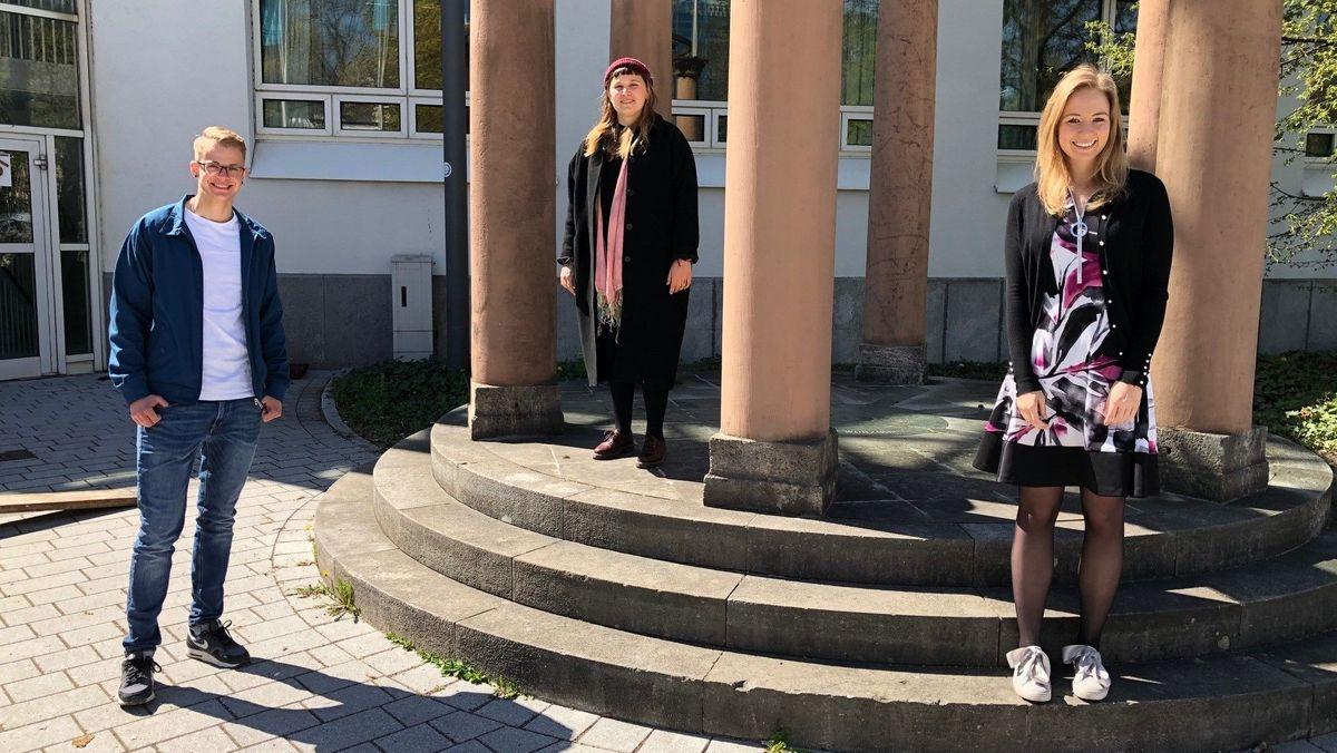 Konstantin Mack, Anna-Maria Dürr und Rena Schimmer sind seit einem Jahr im Würzburger Stadtrat.