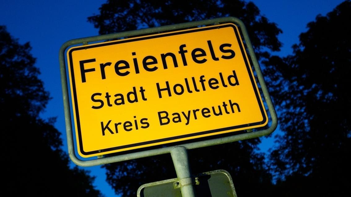 Ortsschild von Freienfels