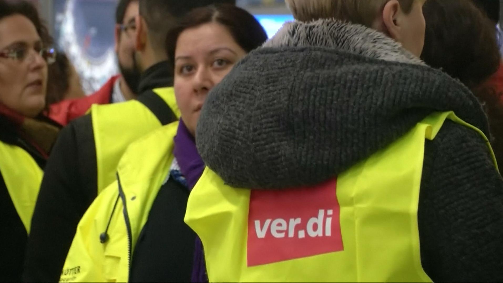 Streiks an Flughäfen: Sicherheitsdienste legen die Arbeit nieder