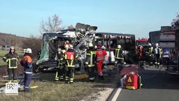 Zwei zerstörte Busse  | Bild:News5