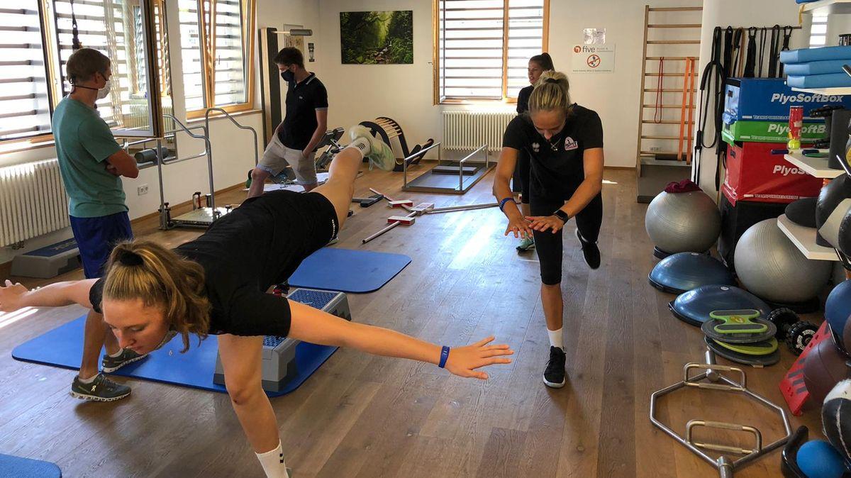 Im Fitnessraum haben für die Roten Raben am Wochenende die ersten Trainingseinheiten begonnen