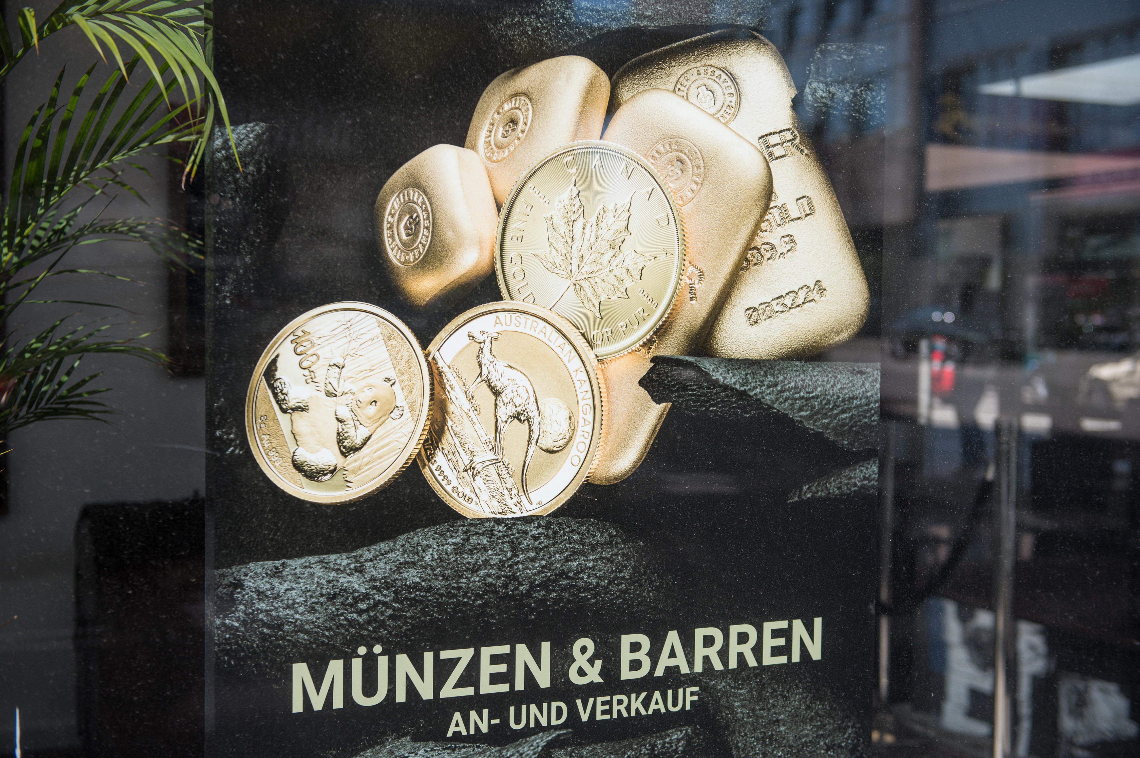 Krisenanlage: Goldpreis übersteigt erstmals 2000-Dollar-Marke