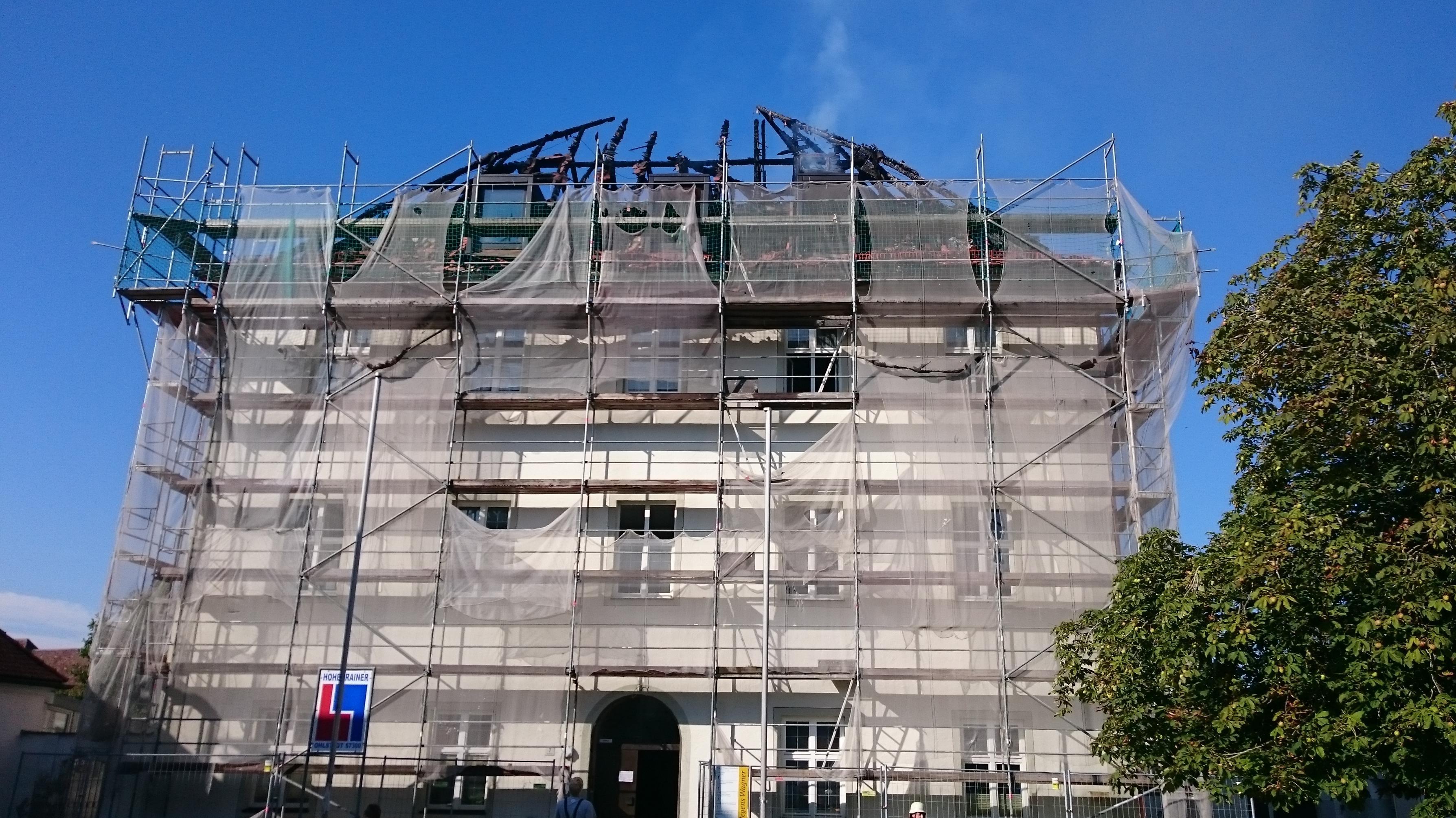 Der ausgebrannte Dachstuhl von Kloster Rottenbuch
