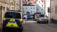 Einsatzkräfte in der Regensburger Altstadt | Bild:News5