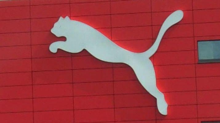 Der Sportartikelhersteller Puma leidet unter der Corona-Krise. Im zweiten Quartal machte das Herzogenauracher Unternehmen Verluste.