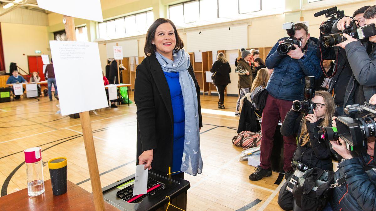 Mary Lou McDonald von der Sinn Fein Partei bei der Abstimmung am 08.02.2020.