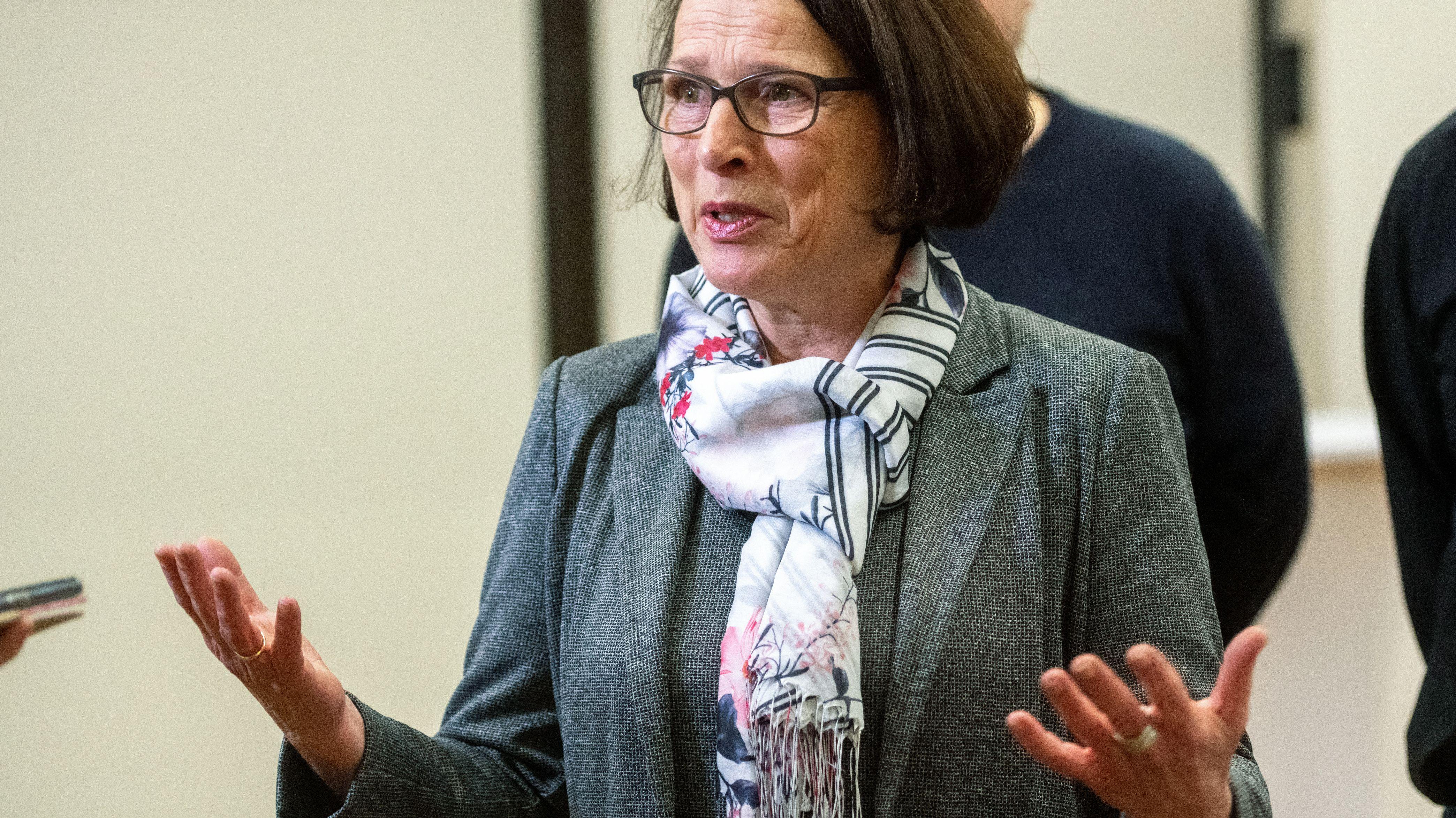 Bekommt Unterstützung vom abgewählten Oberbürgemeister Wolbergs: SPD-Kandidatin Gertrud Maltz-Schwarzfischer.