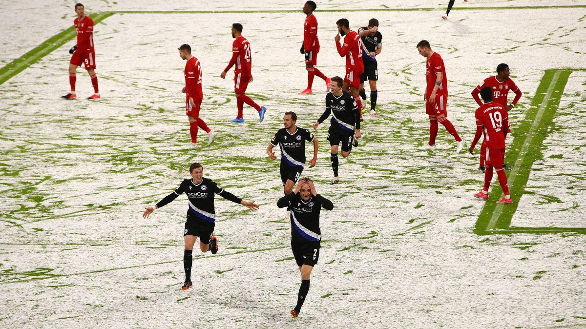 Bielefeld hat die Bayern im Schnee von München am Rande der Niederlage - am Ende steht's 3:3.