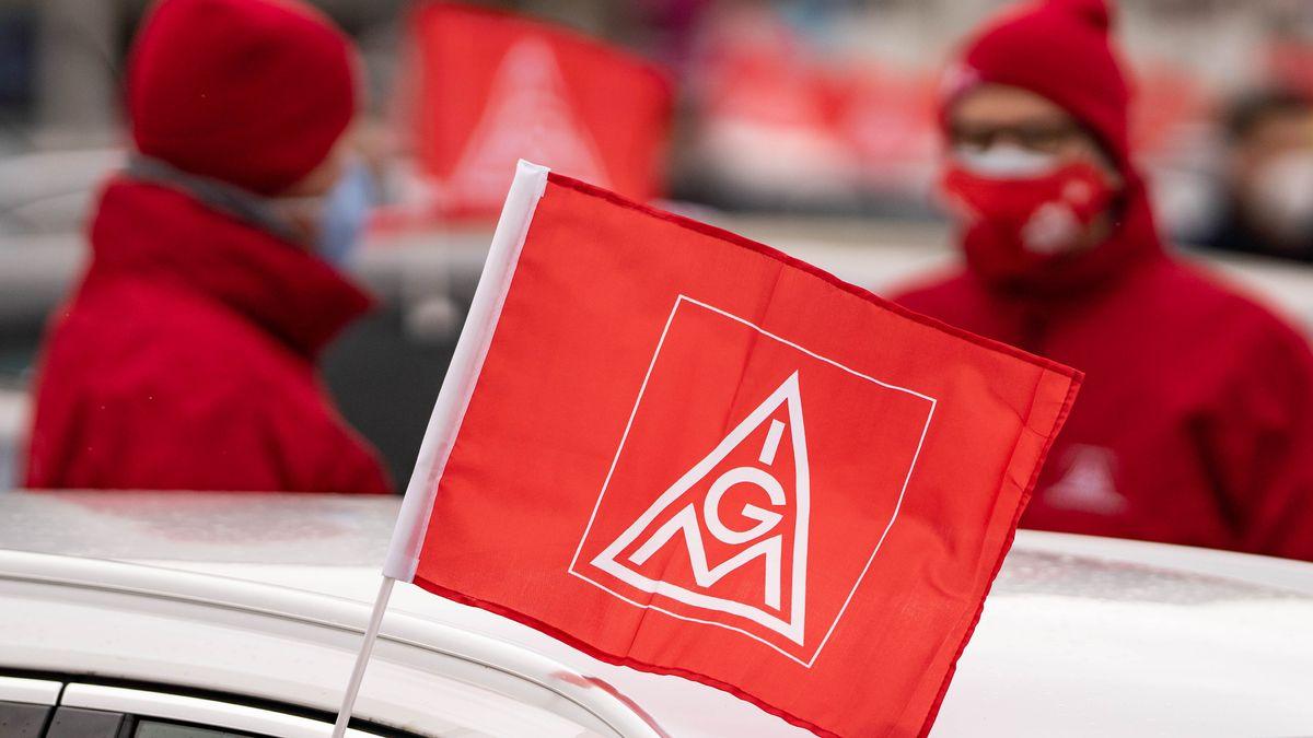 Fahne mit Logo der IG Metall